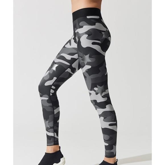 78883308f1ffa Ultracor Pants | Ultra Camo Silk Knockout Leggings | Poshmark